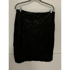 Chico's Black Faux Leather Quilted Mini Skirt Sz 1